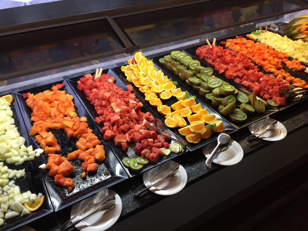 Enstpannte Ferien - tägliches Früchtebuffet im Hotel