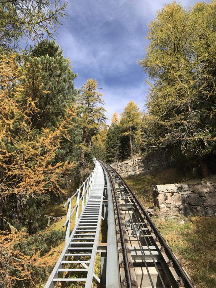 Fahrt mit der Zahnradbahn auf Muottas Muragl