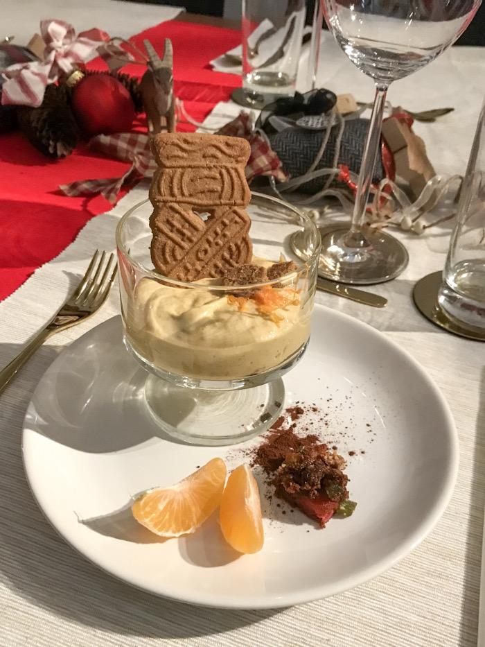 Weihnachtliches Dessert Spekulatius Creme