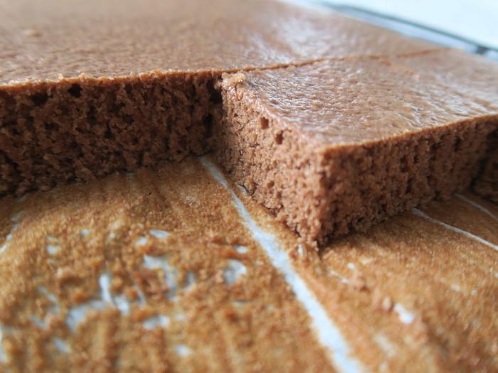 Lebkuchen vom Blech aufgeschnitten