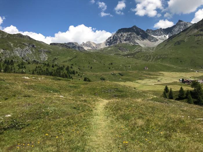 Sommferien in den Begen: Stundenlang über Felder und Wiesen laufen und die Ruhe geniessen