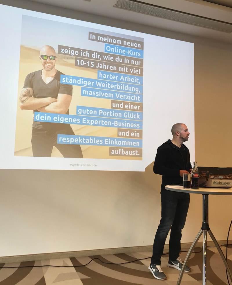 Warum wir ihn eingeladen haben - Felix Beilharz - Swiss Blog Family 2019